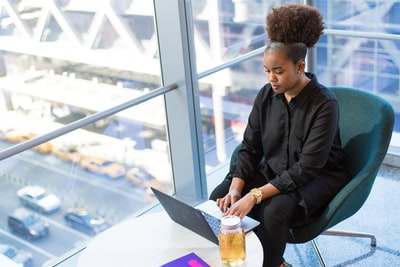 How you can become an entrepreneur in your twenties